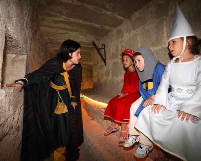 déguisement château de St mesmin en famille